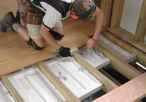 Interfloor insulation in a wooden house - How to insulate the overlap of a wooden hous insulation tips
