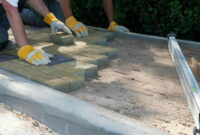 How to Lay paving slabs on sand 18