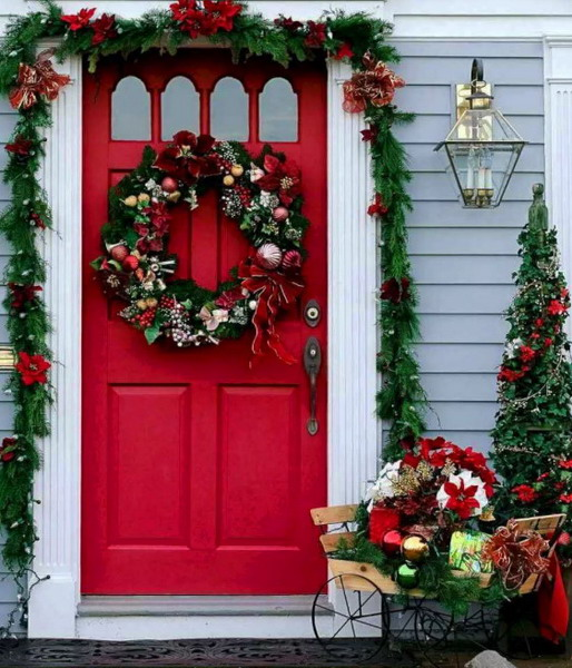 How To Decorate A House For The New Year 2023 With Your Own Hands